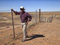 13-em IMG_4906 Dingo Fence-Biggest in World